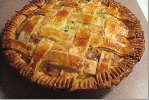 kue pai asin untuk kue pai asin biasanya terbuat dari