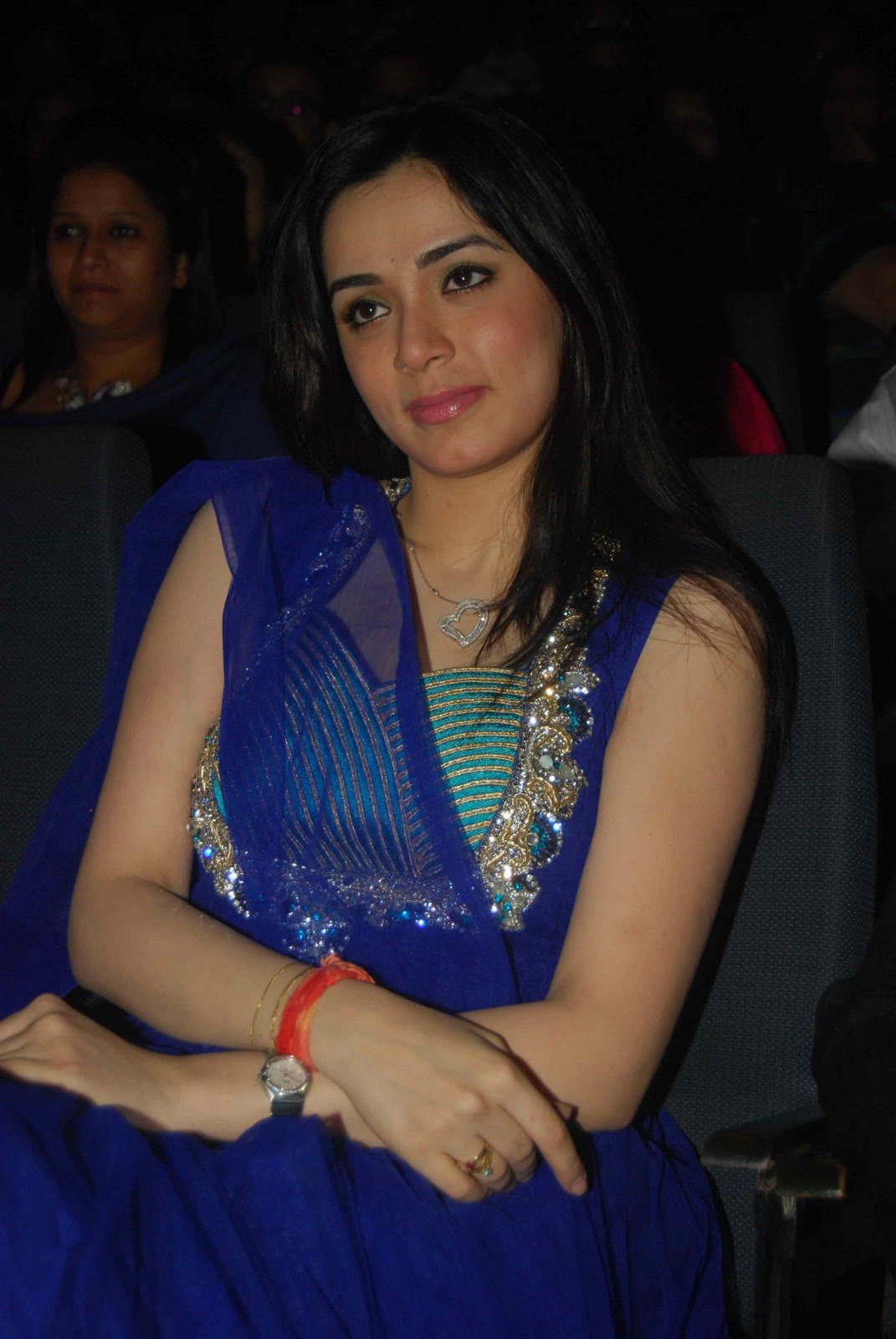 pallavi duggal - photo #10