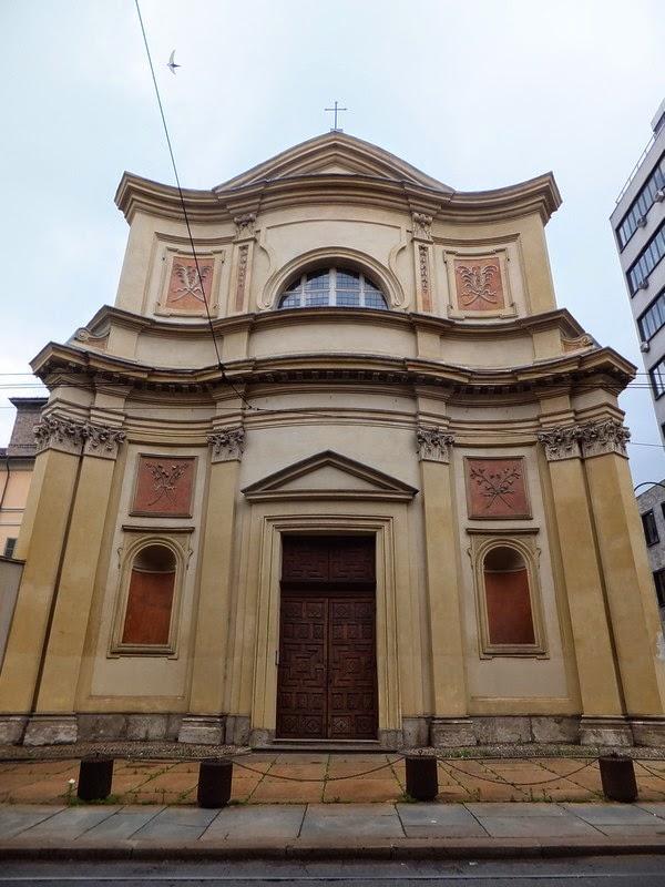 Turin Italie Via Garibaldi balade église