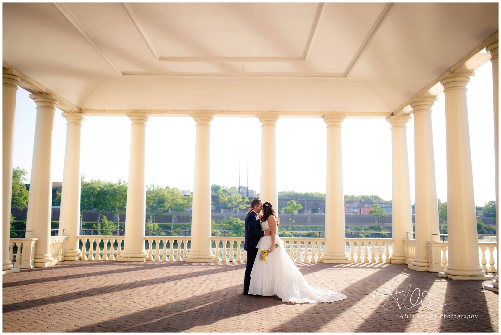Stunning Philadelphia Wedding Photography At Water Works