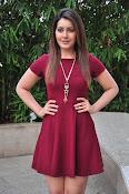 Rashi Khanna latest sizzling pics-thumbnail-7