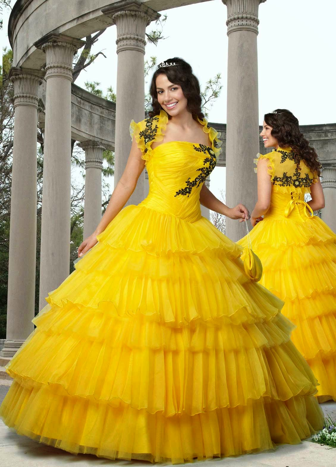 Wedding Dresses With Colored Flowers Photos HD