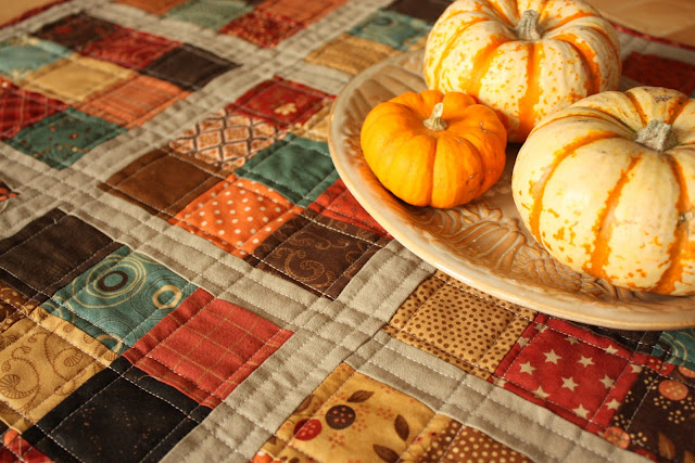 Fall mini quilt and giving thanks diary of a quilter