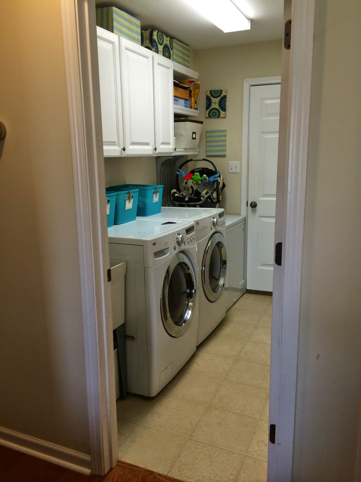 upside of chaos the laundry room organized. Black Bedroom Furniture Sets. Home Design Ideas