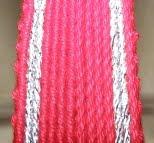 Patrón. Cinturón rojo con bandas plateadas
