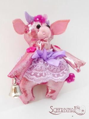 мягкая игрушка на елку корова