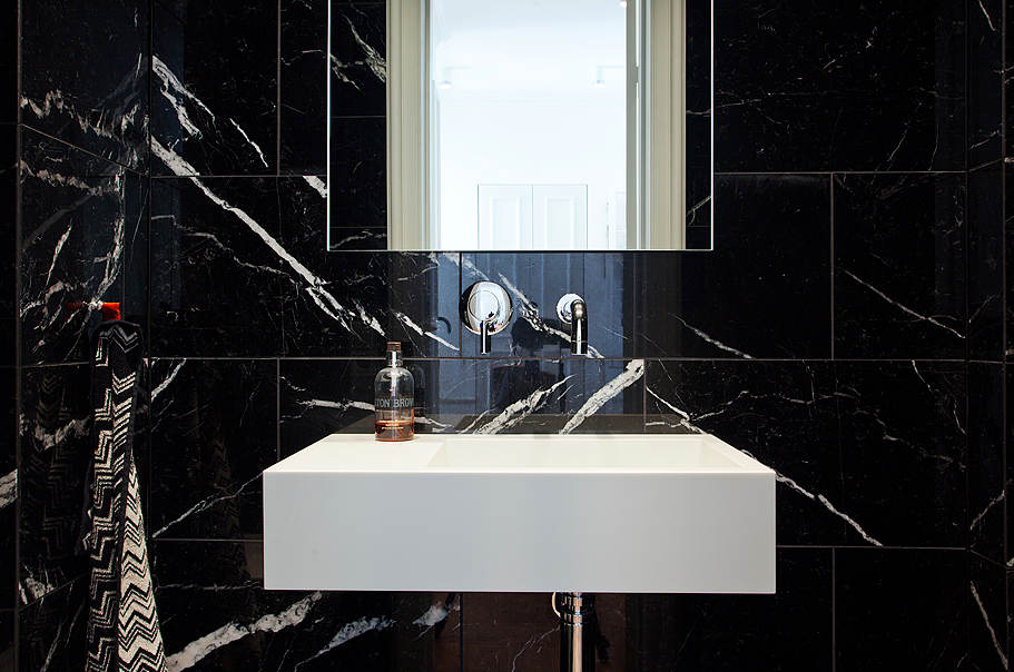Svart Kok Marmor : kok marmor kakel  studio karin SVART MARMOR