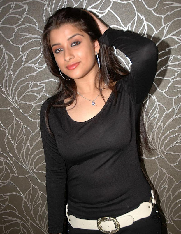 Madhurima Hot  and  Show