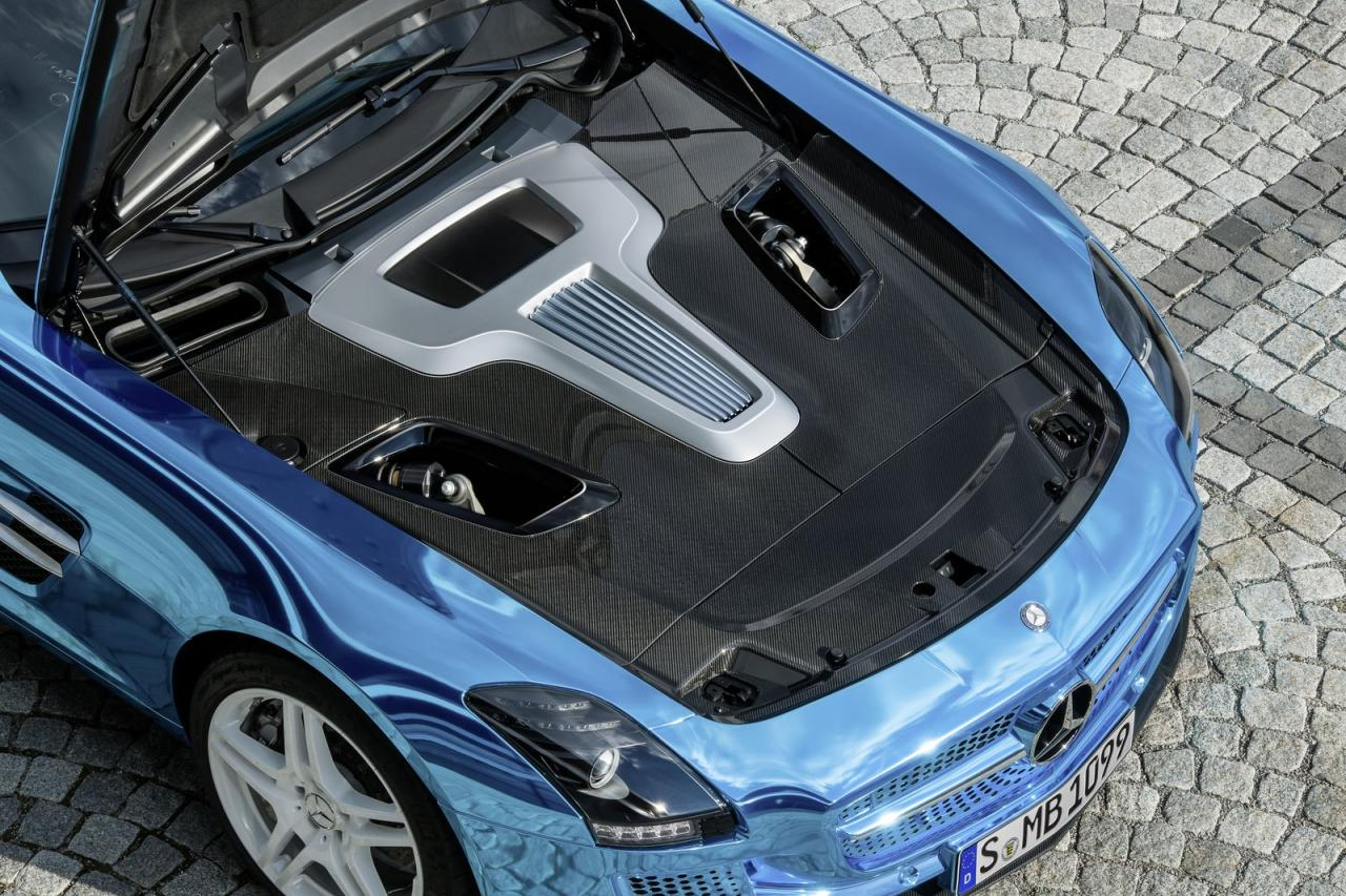 [Resim: Mercedes-Benz+SLS+AMG+Coup%C3%A9+Electric+Drive++3.jpg]