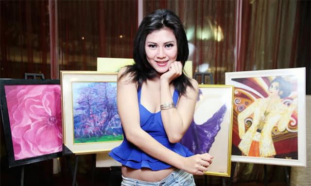 Koleksi Foto Si Seksi Mellindah Sari