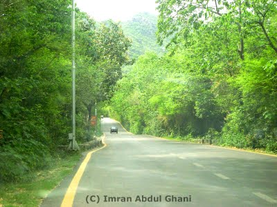 Road to Daman-e-koh