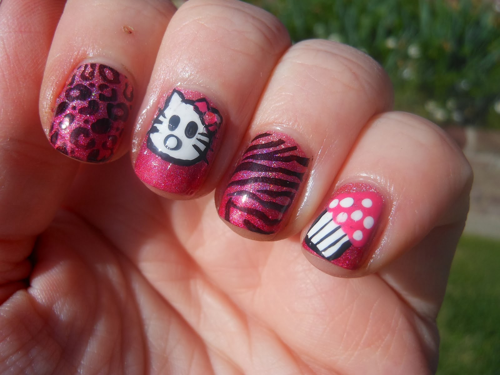 One Hundred Styles: Hello Kitty Nail Art Designs for Short Nails