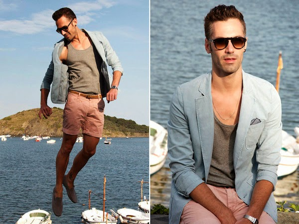 22. Pastel Colors in Portlligat Look, Carles A
