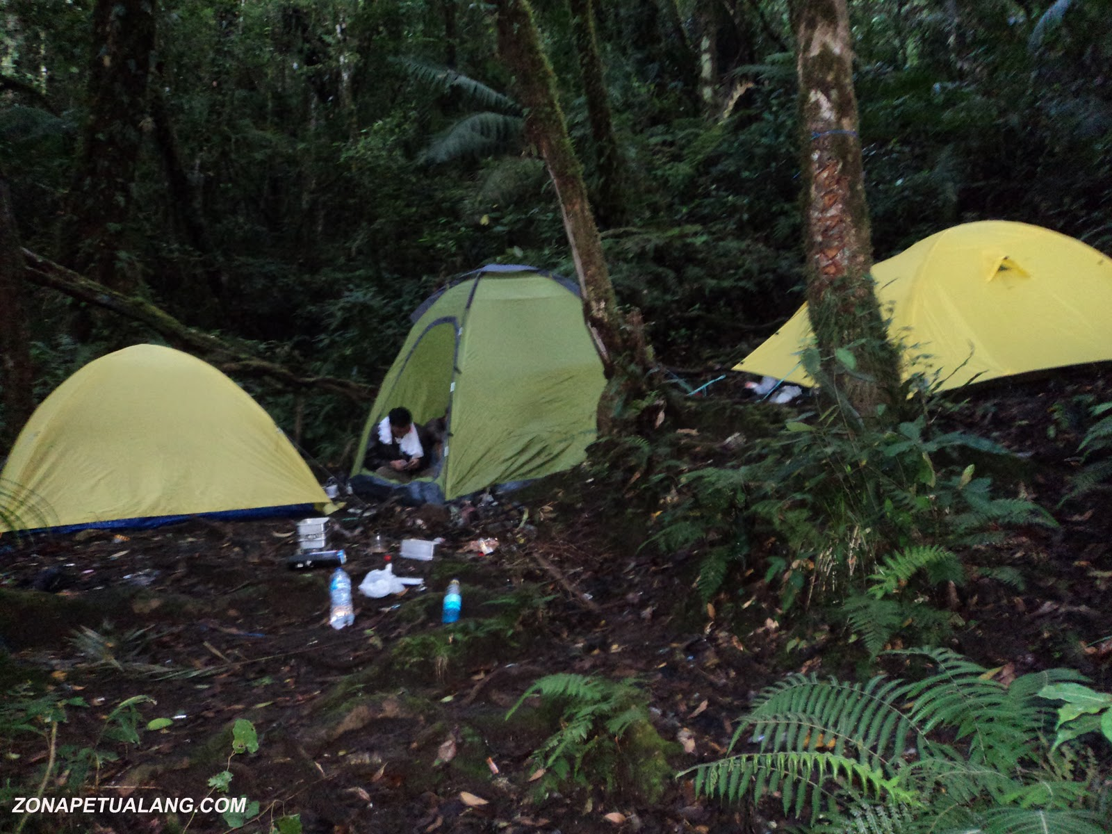 Tips Memilih dan Merawat Tenda Untuk Pendakian Gunung