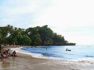 http://kumpulan.info/wisata/tempat-wisata/317-karang-bolong-anyer.html