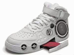 Sepatu Stereo