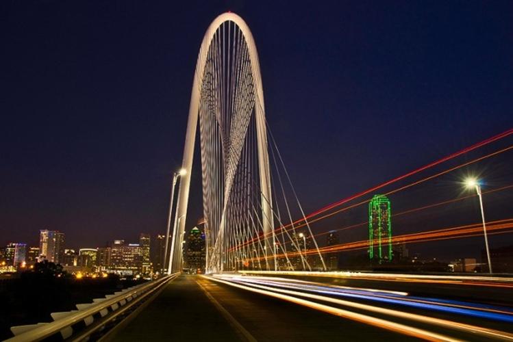 Margaret Hunt Hill Bridge in Texas, US