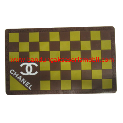 Dash Mat Chanel Kotak2 Coklat - Cream