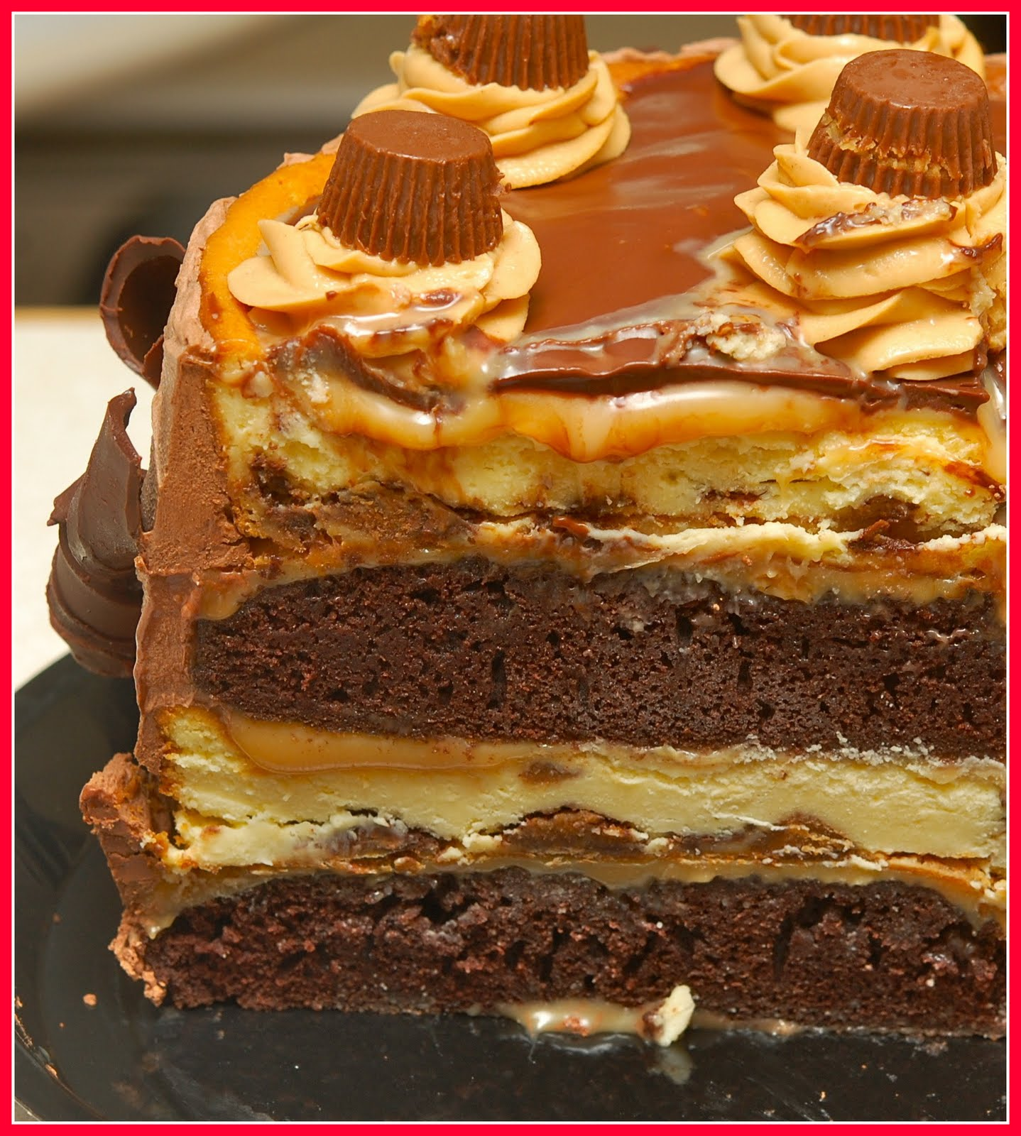 ... PEANUT BUTTER CHOCOLATE CARAMEL CHEESECAKE!!!! - Hugs and Cookies XOXO