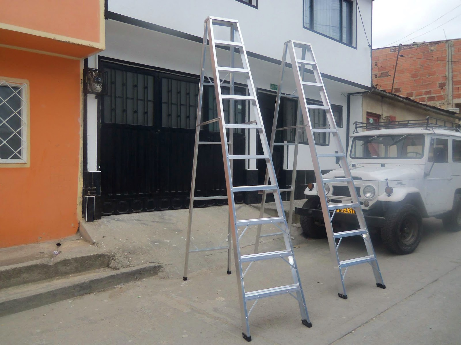 Nuestros productos for Escalera tipo u