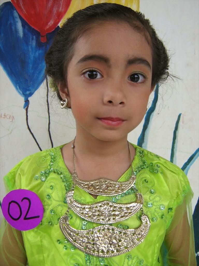 Foto Model Baju Kebaya Betawi Anak
