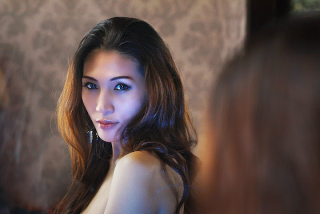 Kumpulan Foto HOT Angie Amanda Si Sexy Mata Lelaki