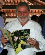 Lula lê a minha Coluna Social na Pequi Magazine!