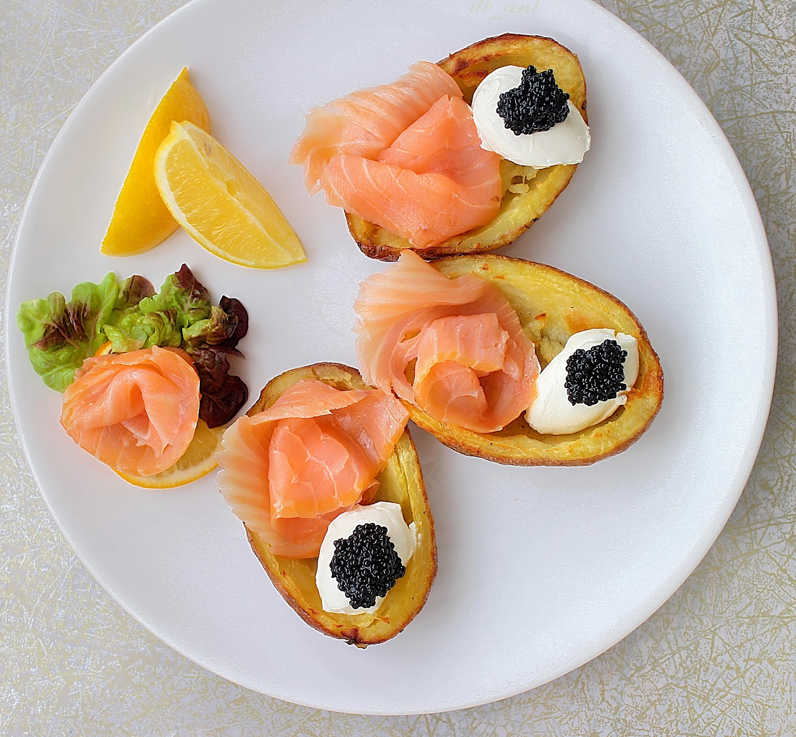 Smoked Salmon, Creme Fraiche, And Caviar Potato Skins Recipes ...