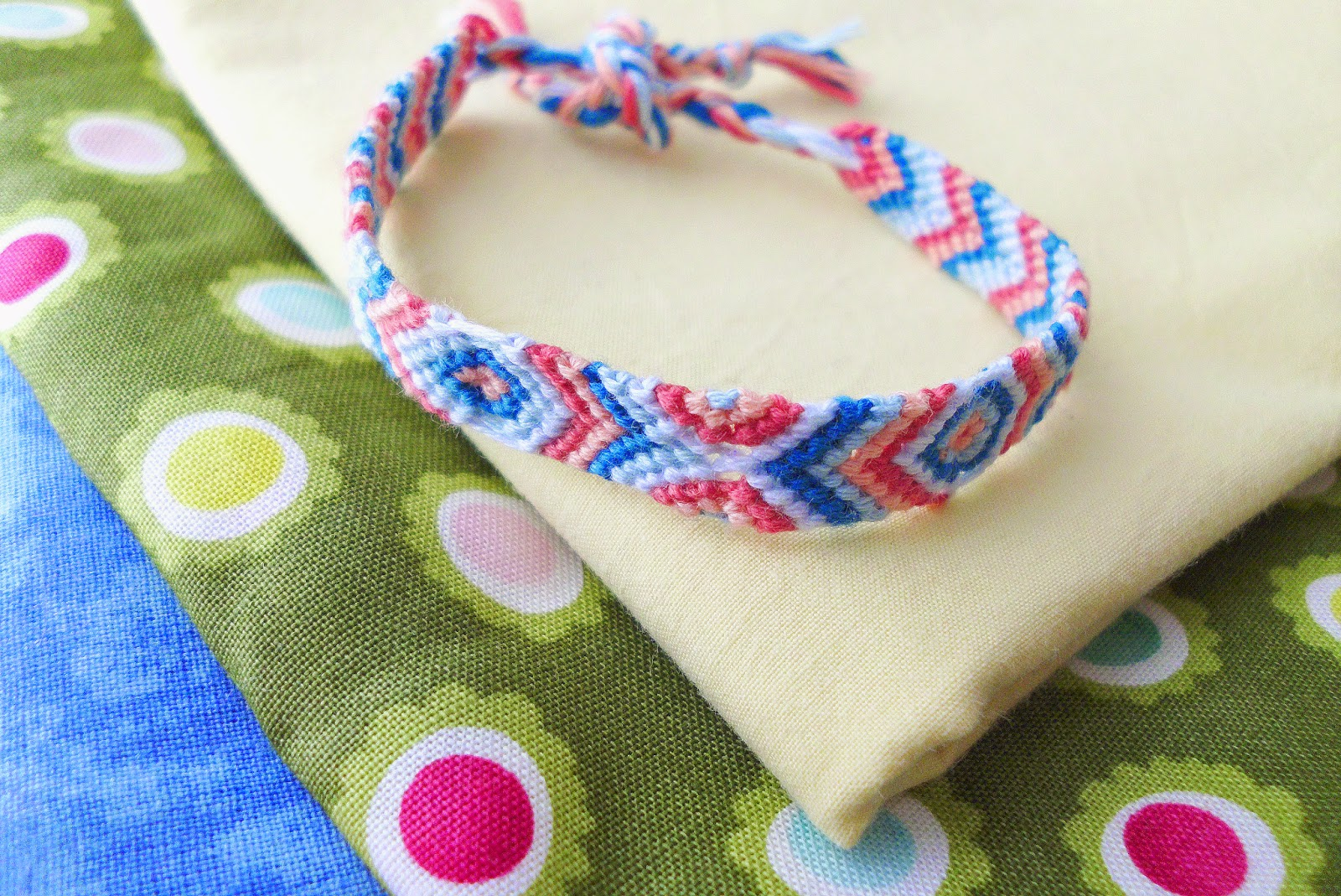 embroidery fishtail tutorial watch friendship petite bracelet youtube