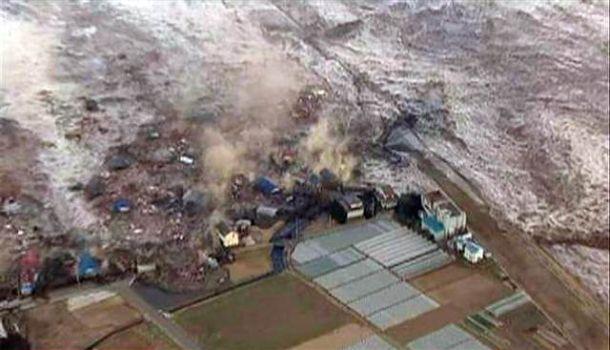march 2011 tsunami in japan. 32 Tsunami Photos in Japan