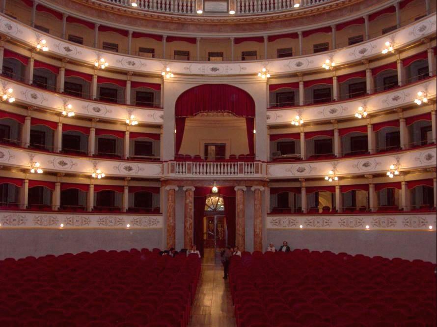 Nuova luce by iguzzini per il piccolo teatro strehler a milano area