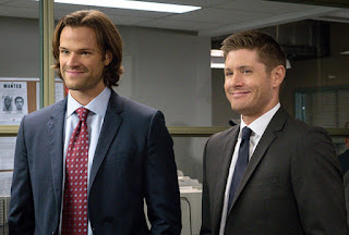 "Jared Padalecki as Sam Winchester and Jensen Ackles as Dean Winchesters in Supernatural 11x07 ""Plush"""