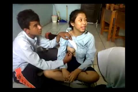 Inikah Video Seronok SMPN 4 Jakarta?