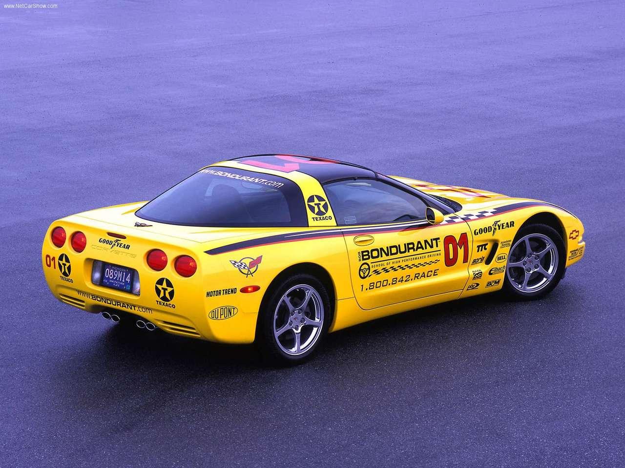 http://1.bp.blogspot.com/-ysZSmmlLnNg/TYZw3oNSNdI/AAAAAAAAN48/YpCP-5VkRCo/s1600/Chevrolet-Corvette_Bondurant_2003_1280x960_wallpaper_04.jpg