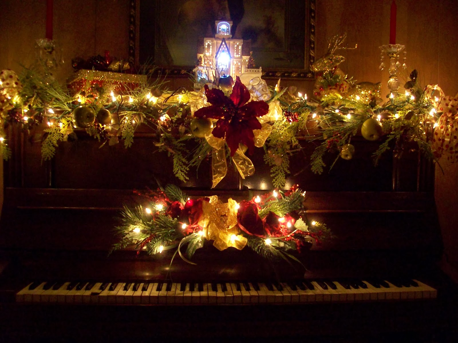 christmas piano wallpaper - photo #24