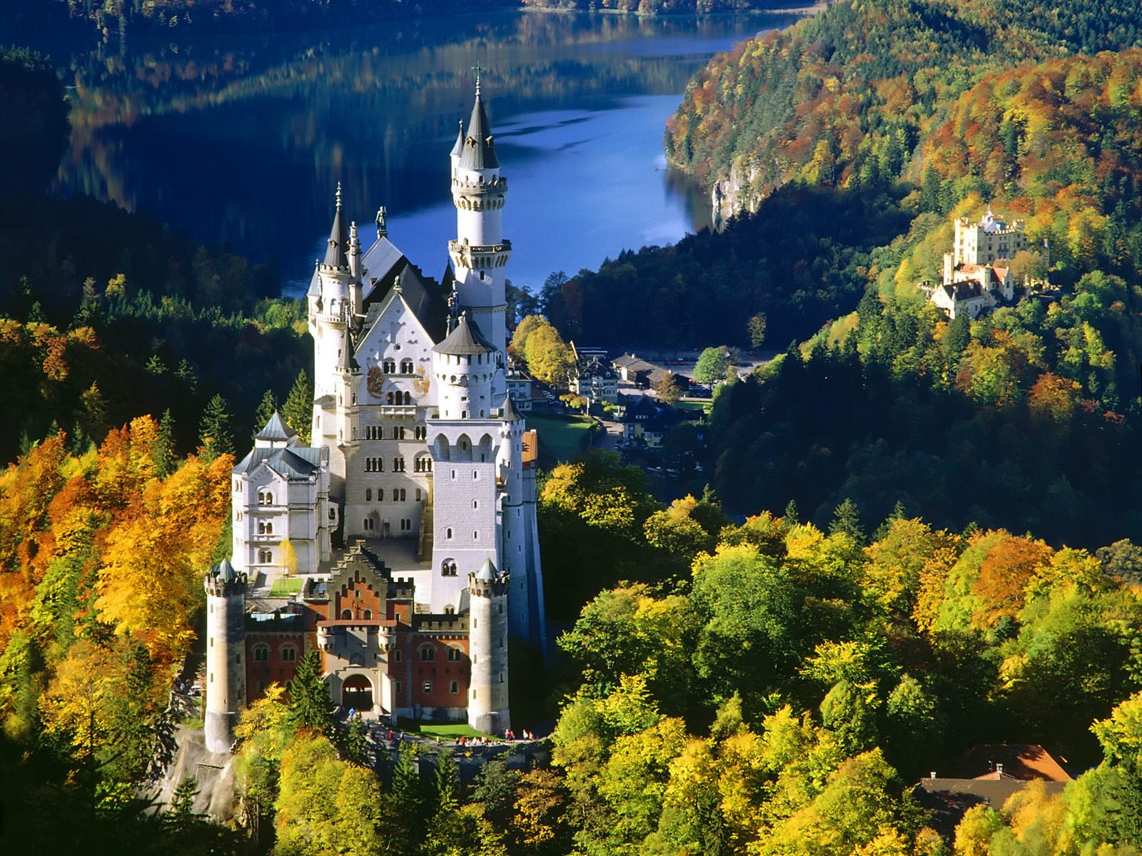 Castles And Forts Around The World Fairy Tale Castles