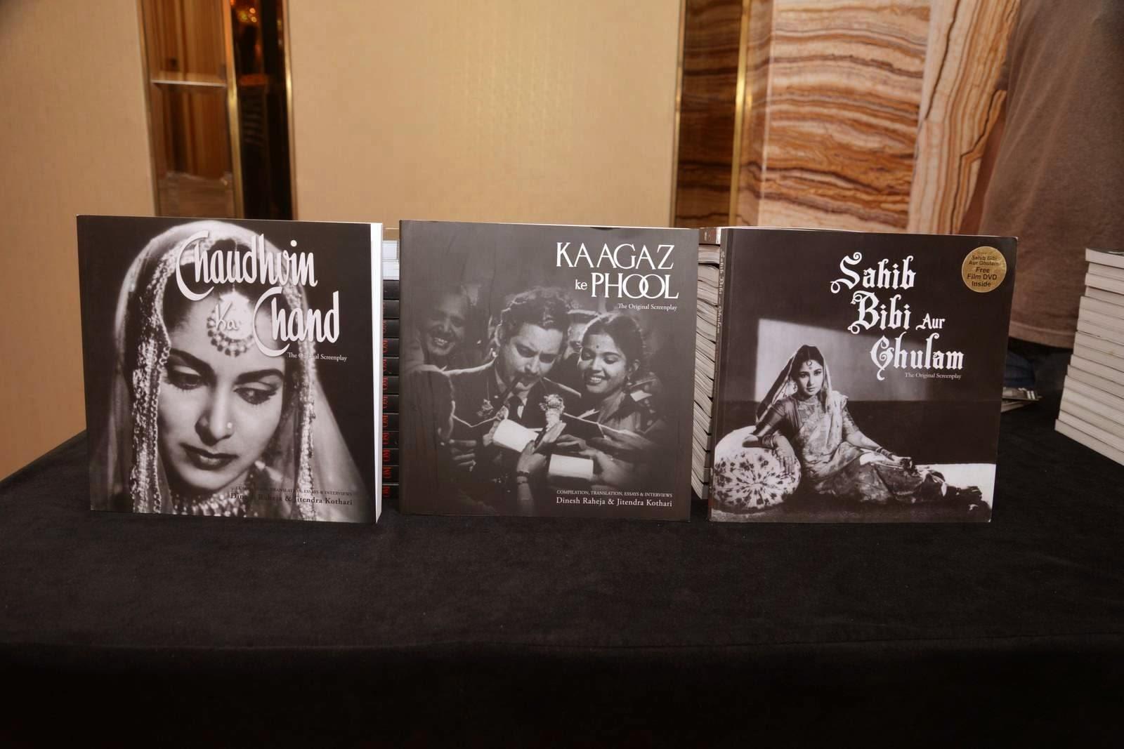 Farhan Akhtar & Vidhu Vinod Chopra at Guru Dutt's screenplay's book launch