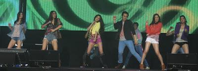 Erich, Iya, Kim, Enrique, Maja and Shaina (ASAP 2012 in Singapore Part 2)