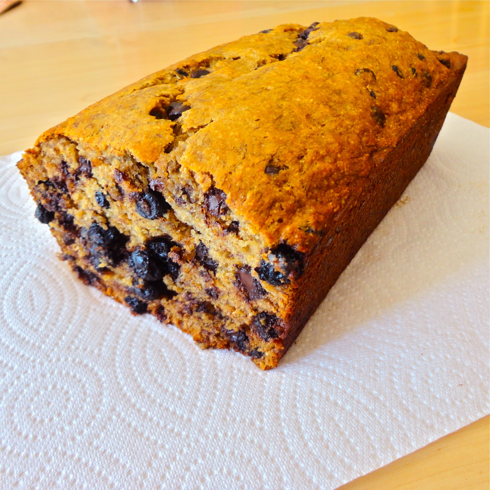 BinomialBaker: Blueberry Dark Chocolate Banana Bread