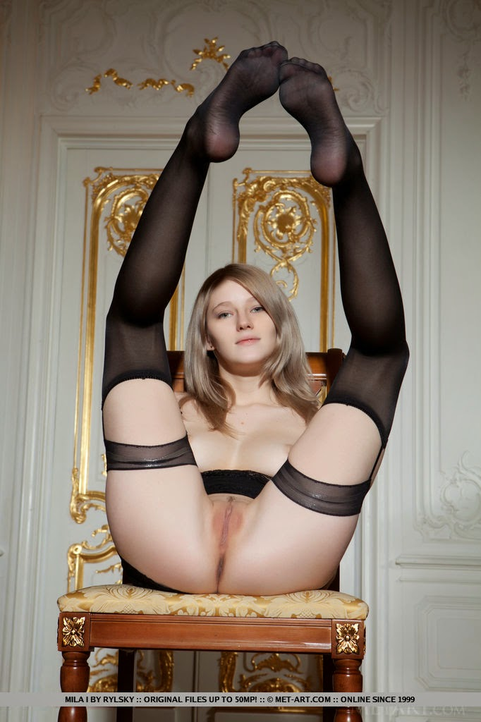 Teen In Black 80