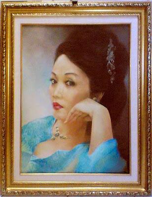 Lukisan karya Toto Sukatma,lukisn photo,lukisan potret,lukisan,lukisan potret diri,karya seni lukis,seni lukis,karya lukis,pesan lukisan,memesan lukisan,lukisan karya Toto Sukatma