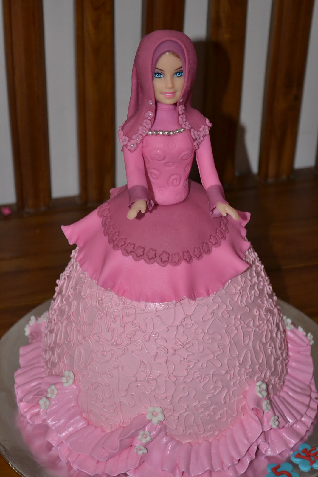 Muslimah Doll Cake