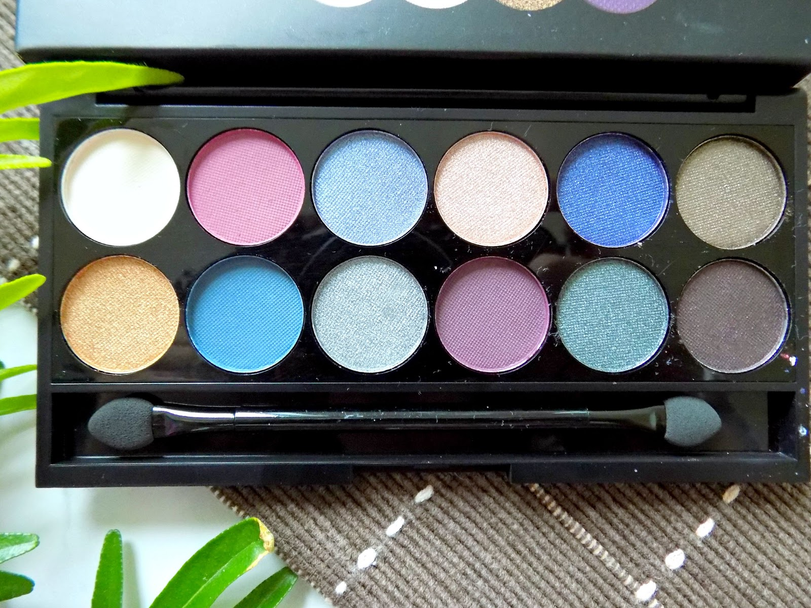 Sleek Enchanted Forest palette