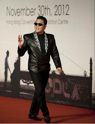 Psy attends music gala in Hong Kong