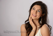 Tanvi Vyas Studio Photo Shoot Gallery-thumbnail-5