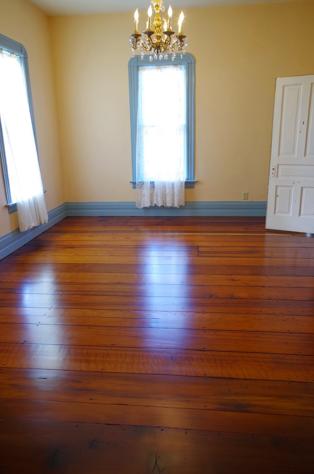 The wide plants show off the old growth redwood that makes this house  really shine. It helps tie the house the north coast and the ancient forest  that are ... - Eureka Victorian Restoration: Redwood Floors €� From Subfloor To
