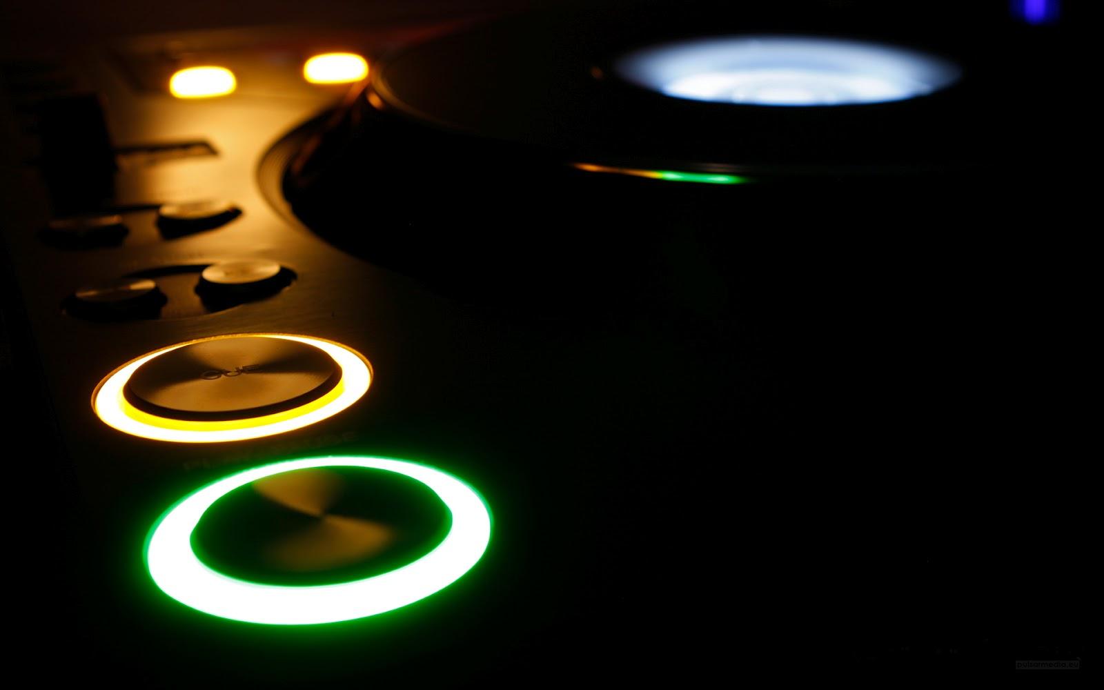http://1.bp.blogspot.com/-yuP5g3aoG1Y/T9Og9hcSCYI/AAAAAAAACIA/UMramxxvYiQ/s1600/Pioneer-music-wallpapers.jpg