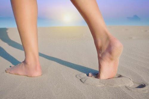 Đi giầy phồng gót chân và cách chữa trị