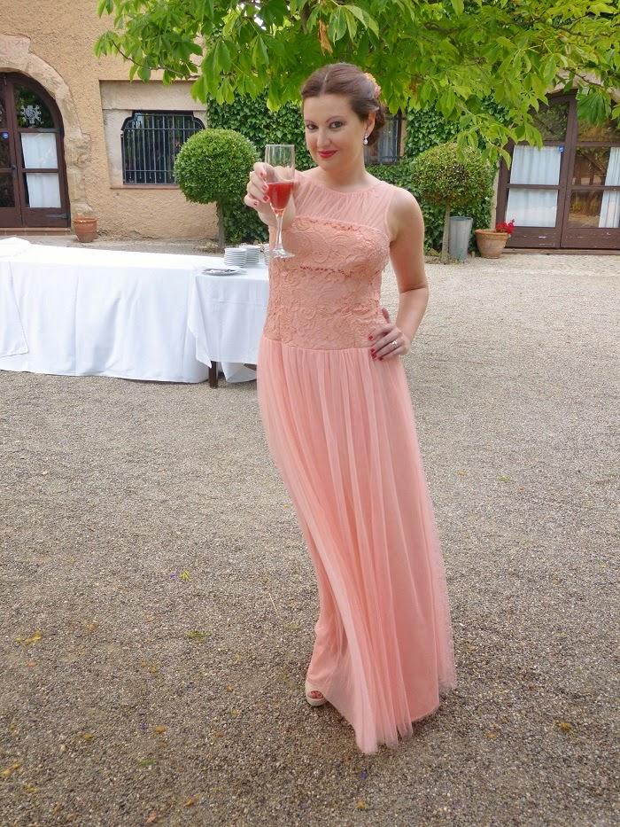 Look de invitada low cost con vestido romántico de Mango - Sonia ...