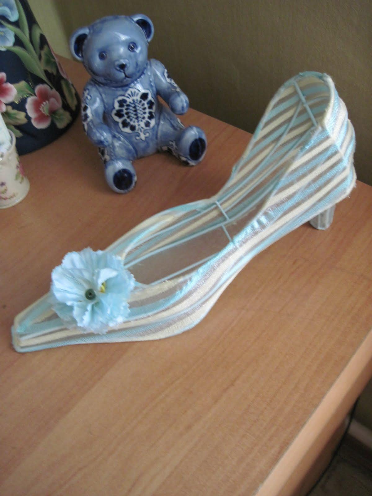 Поделка туфелька для золушки